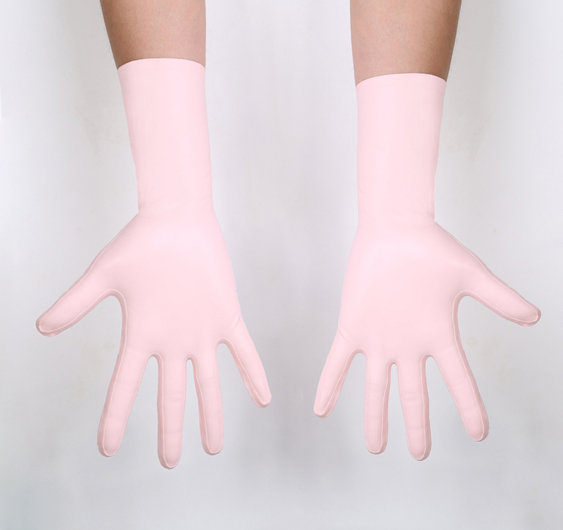 Glued Gloves with Seams