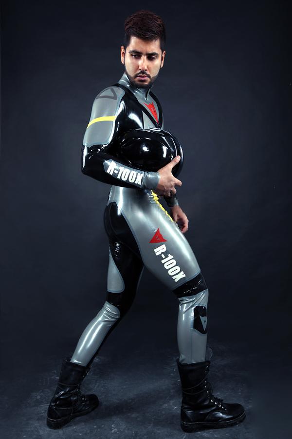 Custom Moto Suit CANV785