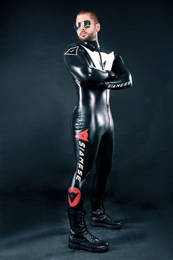 Custom Moto Suit CANV572