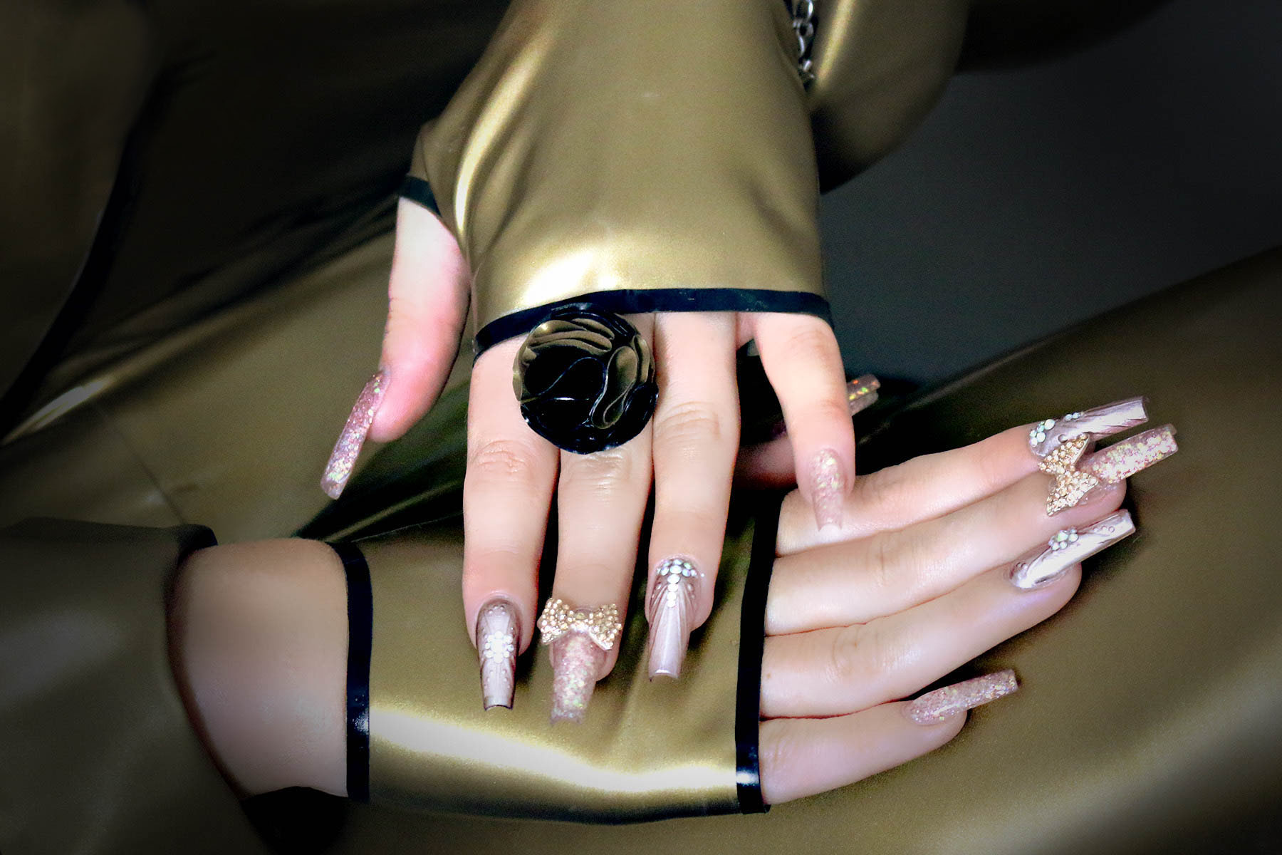 Latex Gauntlets Basic Couture